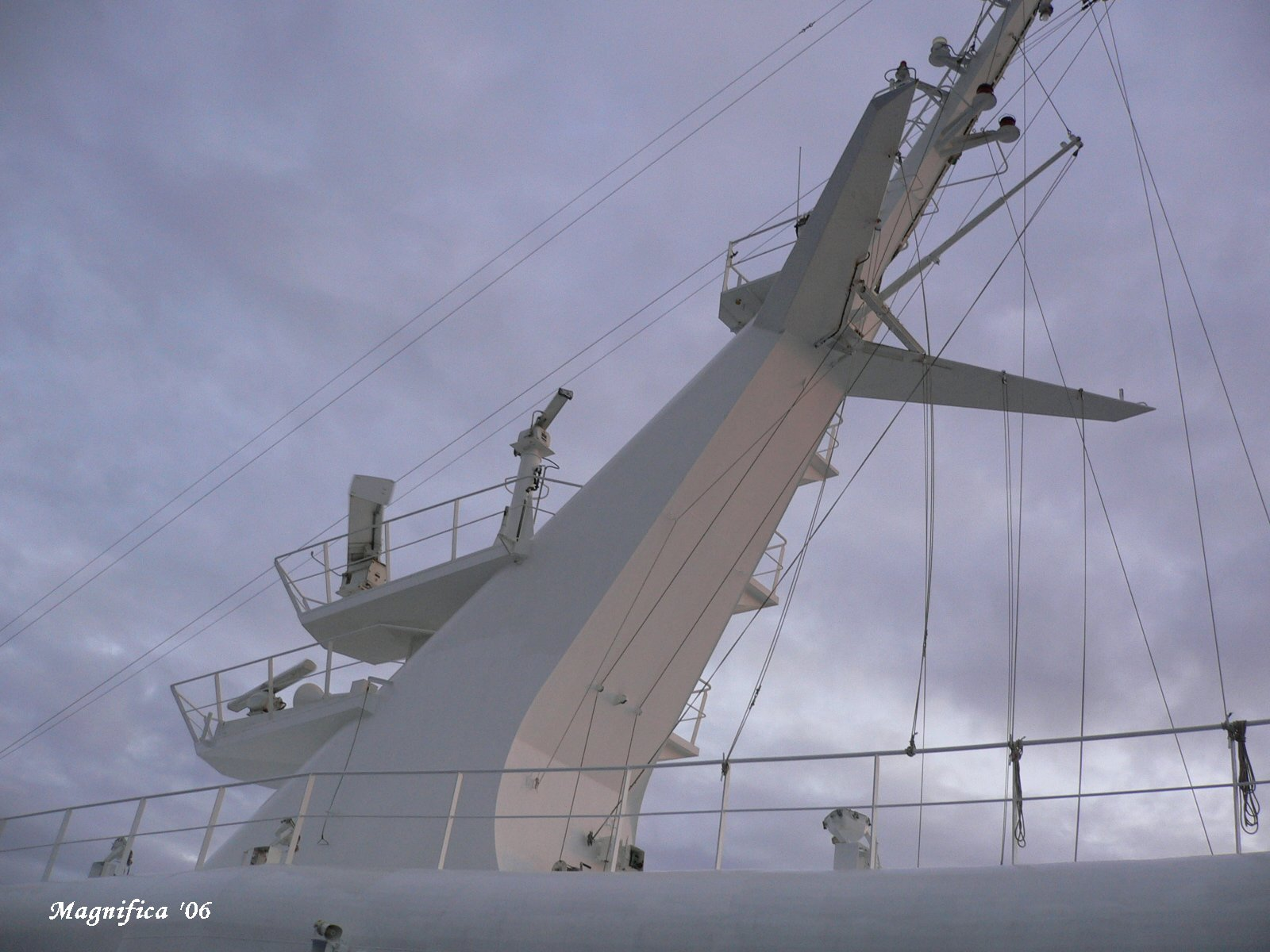ASUKA II world cruise 2006 No.73 crossing the date line/日付変更線通過_e0140365_15475769.jpg