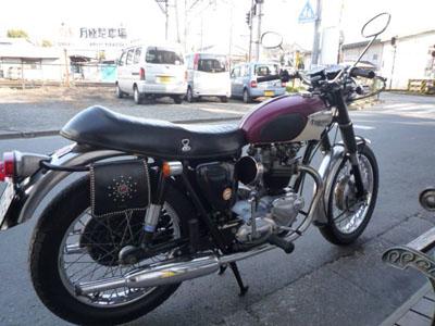 本日のバイク!!_f0194657_18124596.jpg