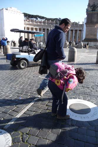 ユキちゃんとローマを歩く_f0106597_2144456.jpg