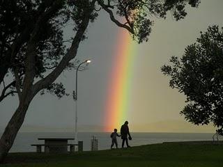 和歌山沖の海の「直立虹」:いよいよこっちの番ですか?_e0171614_13164744.jpg