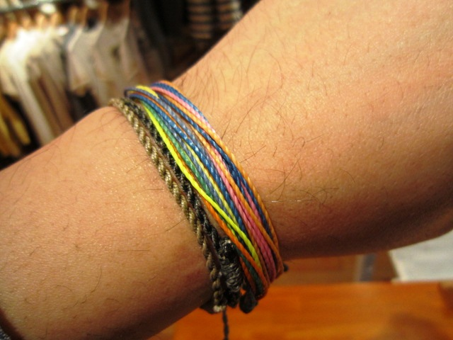 "FIDELITY ""COTTON WEATHER\"" & pura vida bracelets_f0191324_1475952.jpg"