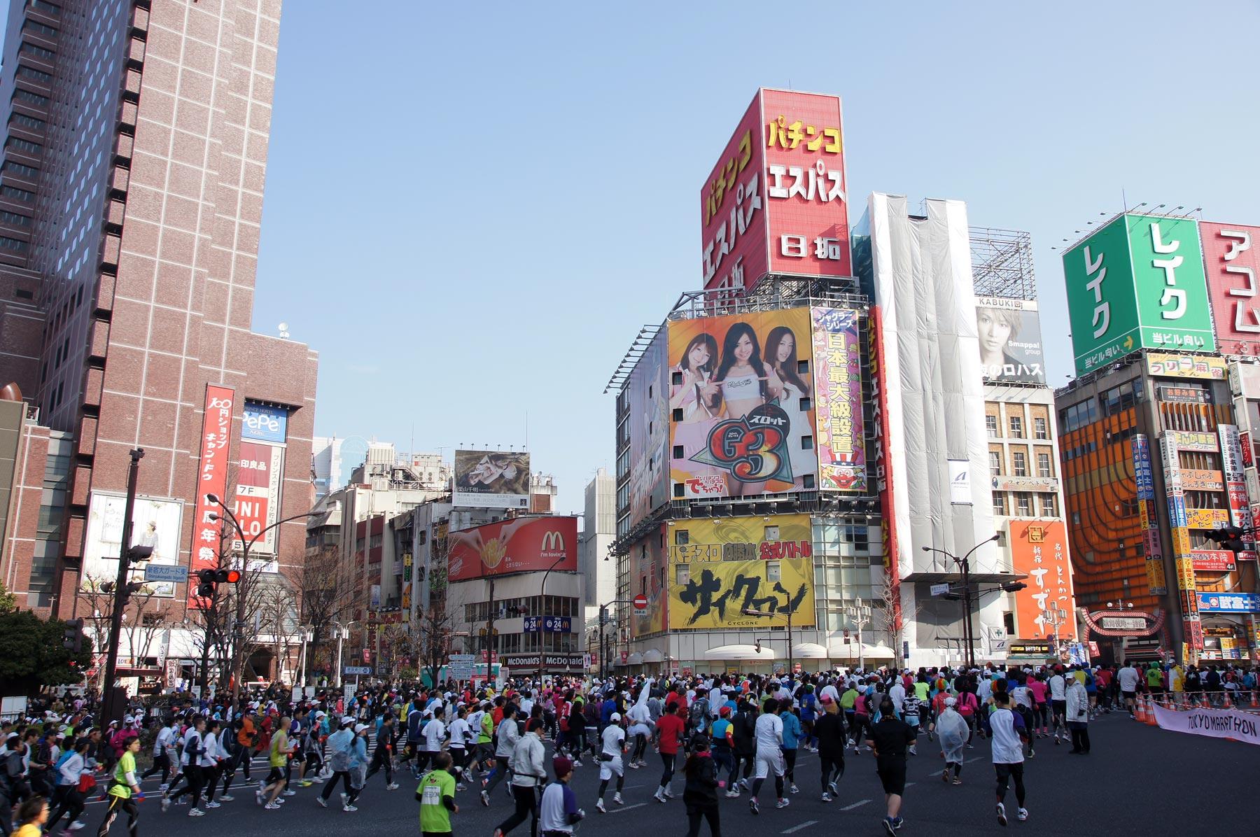 歌舞伎町 東京マラソン_e0216133_22535570.jpg