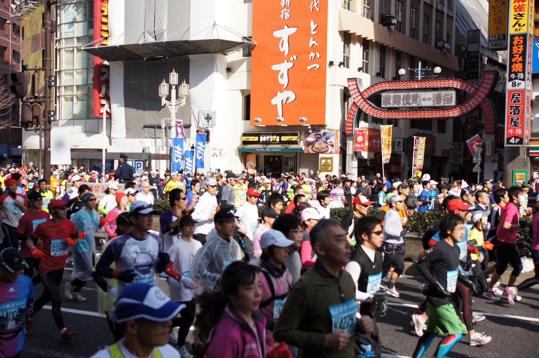 歌舞伎町 東京マラソン_e0216133_22545275.jpg