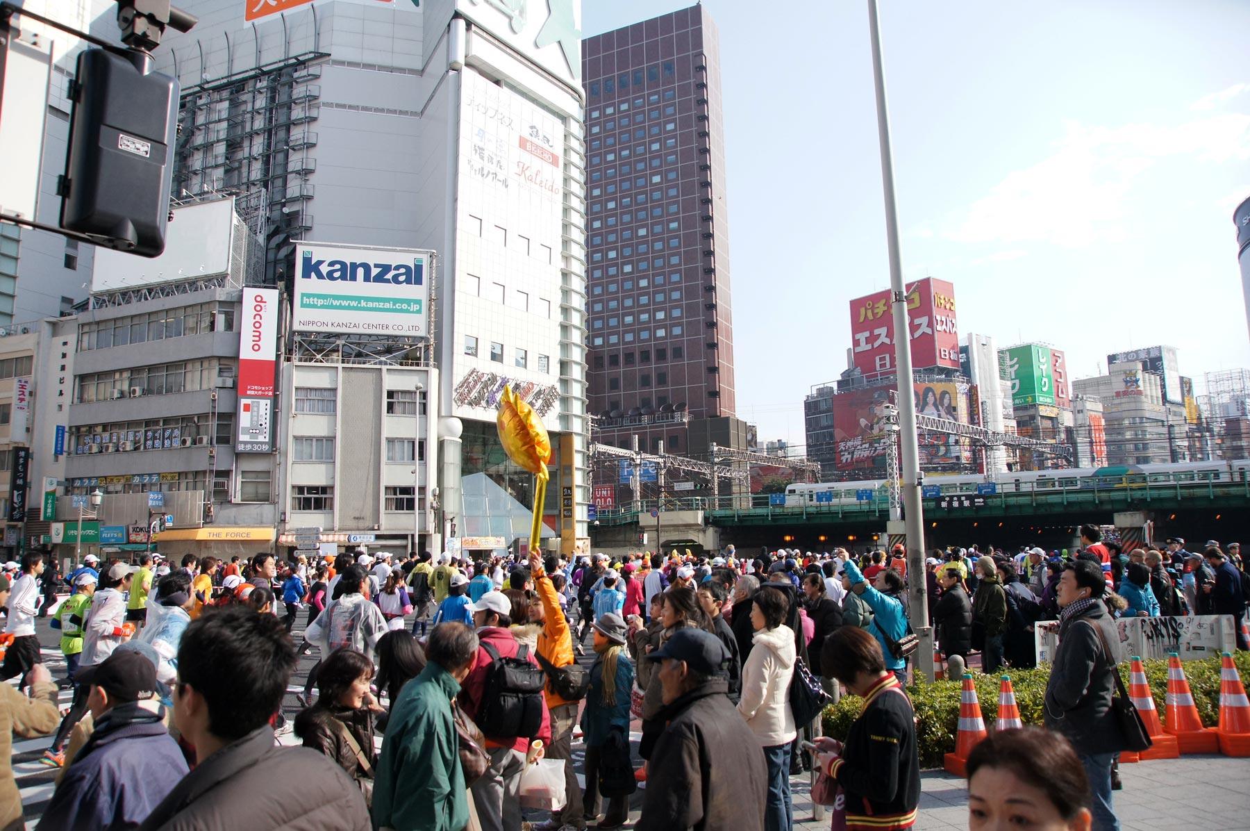 歌舞伎町 東京マラソン_e0216133_2254667.jpg