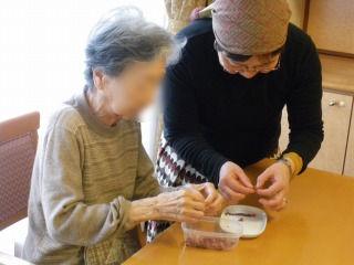 お菓子作り<アクティブライフ夙川・グループホーム>_c0107602_14224326.jpg