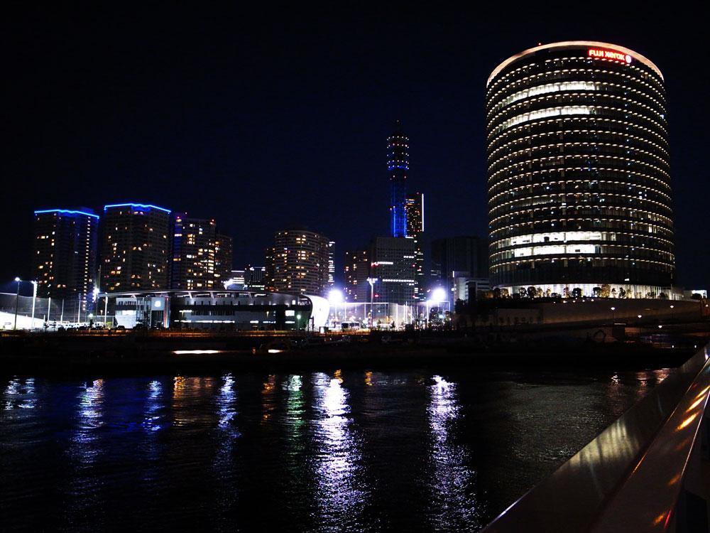 YOKOHAMA Waterfront_e0004009_0235418.jpg