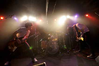 monokuro AND TOUR 2010-2011 @ 仙台LIVE HOUSE enn 1st 11.01.29_d0131511_4134590.jpg