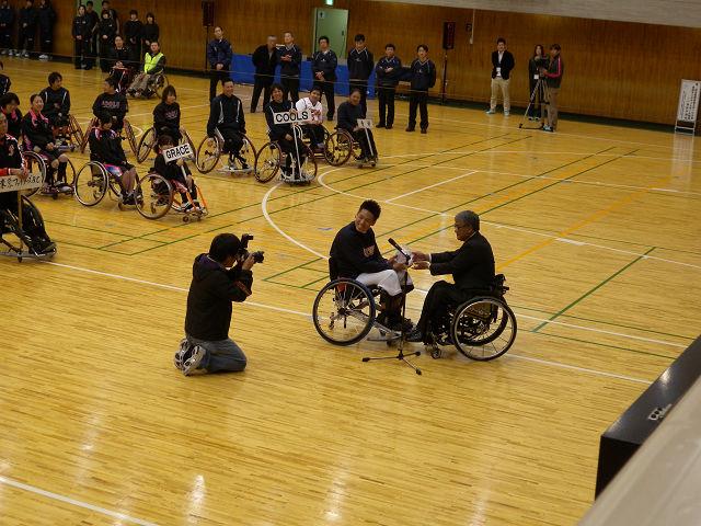第38回東京都車椅子バスケットボール選手権大会その1_e0089232_2111050.jpg