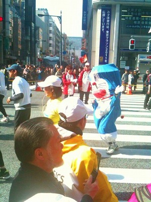 東京マラソン応援_a0036808_16132566.jpg