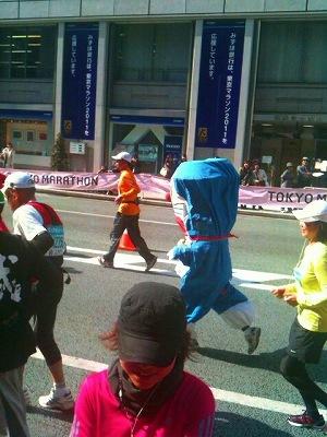 東京マラソン応援_a0036808_1613335.jpg