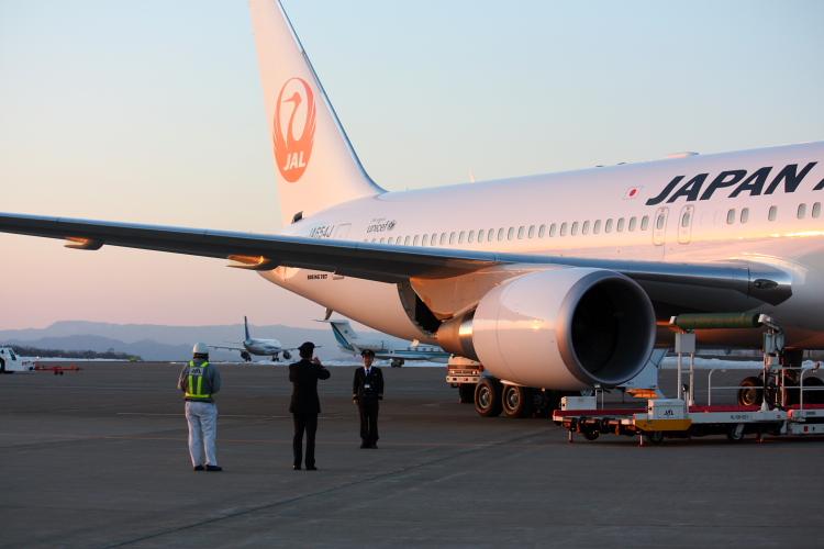 ようこそ鶴丸JAL 3月1日_f0113639_1303363.jpg