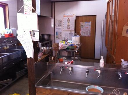 長野の森の幼稚園「こどもの森幼稚園」を訪れて_f0037258_13364716.jpg