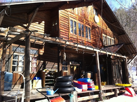 長野の森の幼稚園「こどもの森幼稚園」を訪れて_f0037258_1372999.jpg