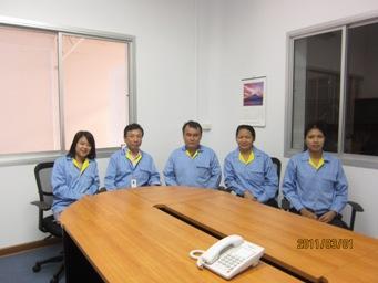 新入社員の研修(プラスチック成形品の検査)_b0100062_15381121.jpg