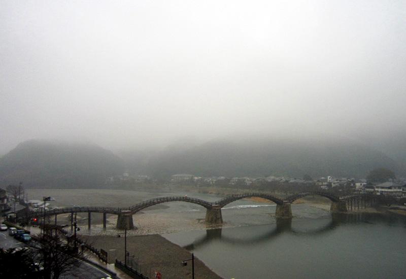雨の錦帯橋_b0083801_177182.jpg