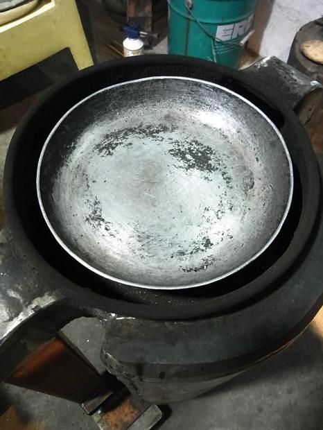 「ノブヒェン窯」を作って「ノブヒェン」を焼く。_e0182134_0215394.jpg