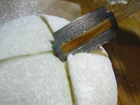 「ノブヒェン窯」を作って「ノブヒェン」を焼く。_e0182134_0223850.jpg