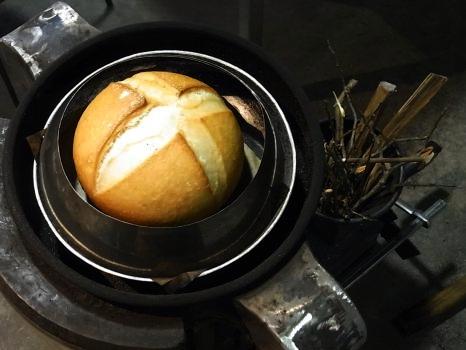 「ノブヒェン窯」を作って「ノブヒェン」を焼く。_e0182134_0244134.jpg