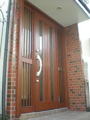 玄関ドアのリフォーム_c0146040_20411468.jpg