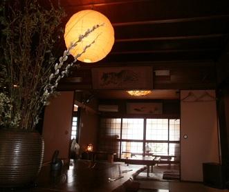京都散策①上賀茂_e0108851_2333785.jpg