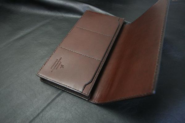 現金150万が入る長財布とミニマムウォレット_a0145469_224656.jpg