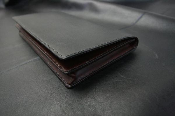 現金150万が入る長財布とミニマムウォレット_a0145469_2261016.jpg