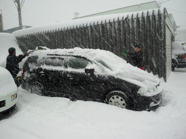 久しぶりの大雪。。。_b0127002_22135995.jpg