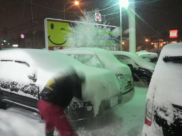 久しぶりの大雪。。。_b0127002_2225223.jpg