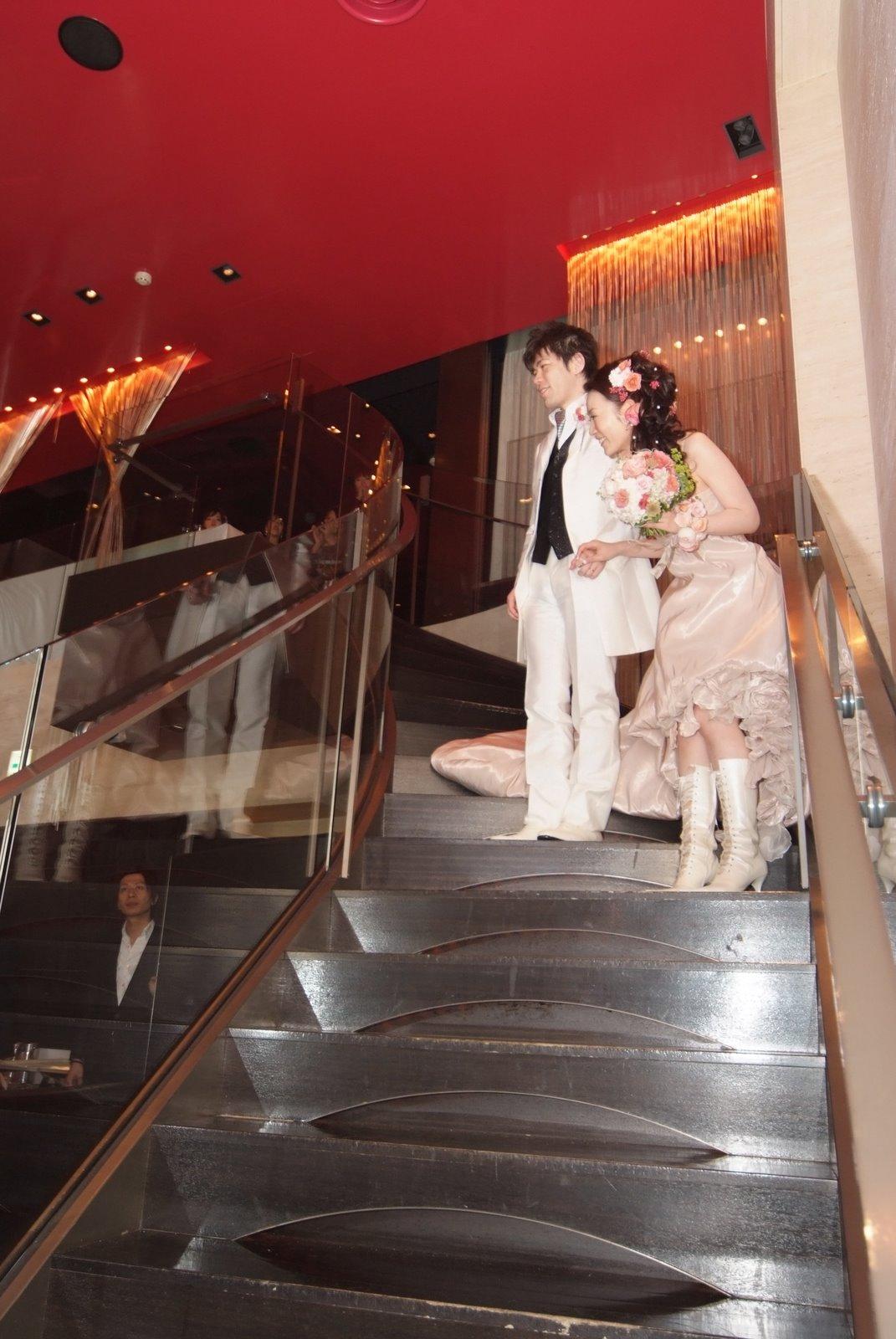 新郎新婦様からのメール バラとブーツとダイヤモンド オテル・ドゥ・ミクニ様へ_a0042928_2348497.jpg