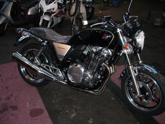 さあ、バイクシーズン♪ですやん!_f0056935_21181894.jpg