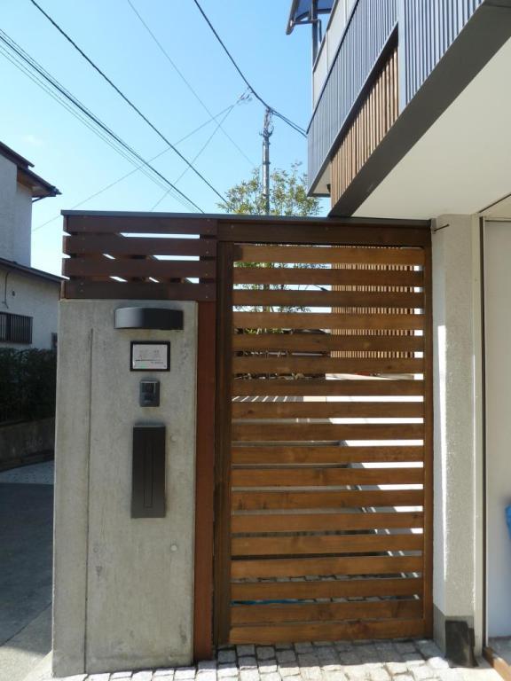 玄関周り完成です☆_c0152341_1838226.jpg