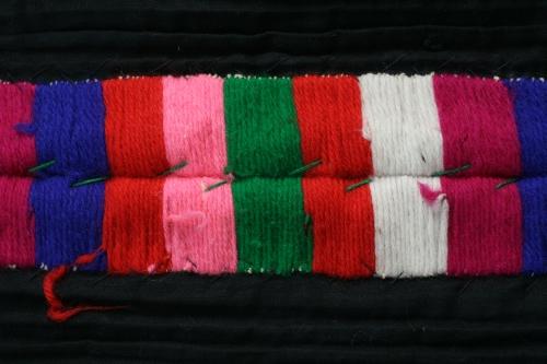 シルクとウール刺繍のエプロン_b0142544_22561120.jpg
