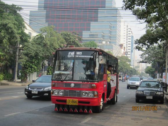 """トンローの顔 """"赤バス"""" のご紹介_b0100062_21554594.jpg"""
