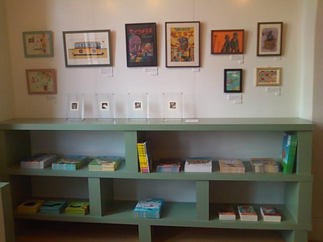 「とびだせ!みえの絵本作家たち展 ミニ展覧会」はじまりました_e0132895_1253133.jpg
