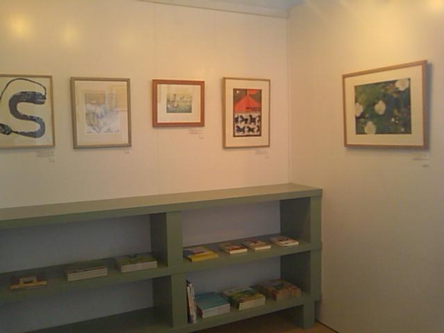 「とびだせ!みえの絵本作家たち展 ミニ展覧会」はじまりました_e0132895_1254586.jpg