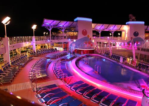 カリブ海クルーズ 夜の散歩_e0154202_2091124.jpg
