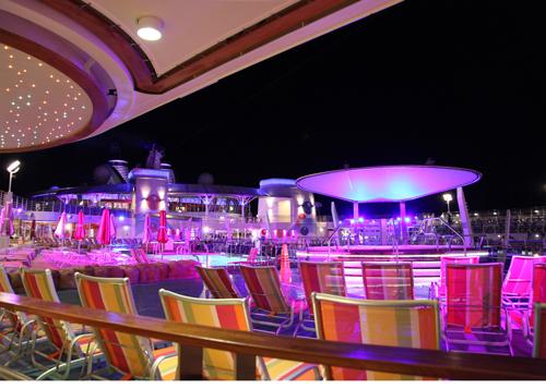 カリブ海クルーズ 夜の散歩_e0154202_2093113.jpg