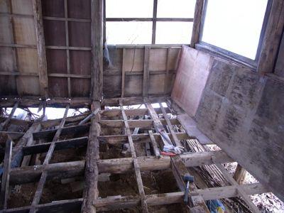 掘っ立て小屋 ビフォー_c0063348_21242100.jpg