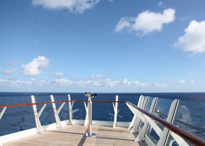 カリブ海クルーズ 朝の散歩♪_e0154202_23135695.jpg