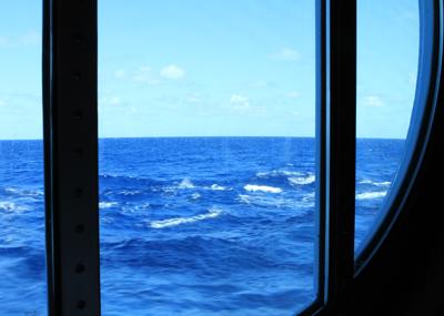 カリブ海クルーズ 終日航海_e0154202_2340292.jpg