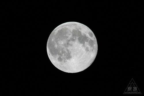 096 Home ~トロントの満月~_c0211532_22221623.jpg