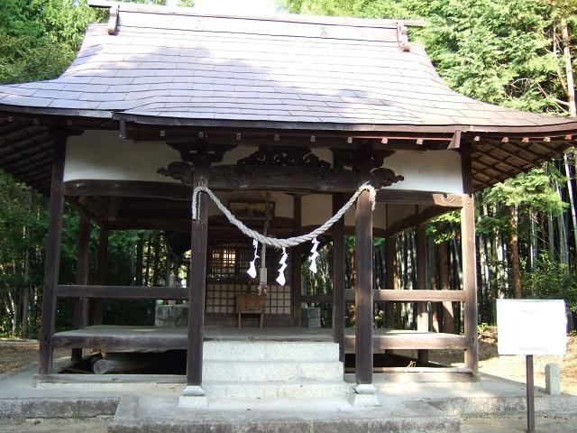 熊野町にある、2つの龍王神社 その2 龍王神社(御旅所) _b0095061_1617788.jpg