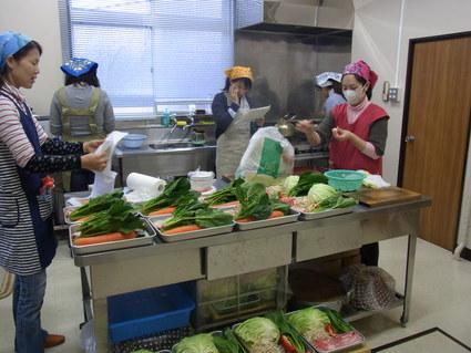 ルクエでエビマヨと肉団子のお弁当_b0171098_712556.jpg