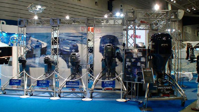 JAPAN INTERNATIONAL BOATSHOW 2011 その3 ヤマハブース1_a0132631_23402699.jpg