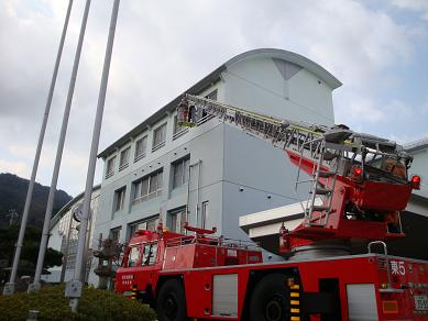 消防訓練を実施しました_e0175370_165914100.jpg