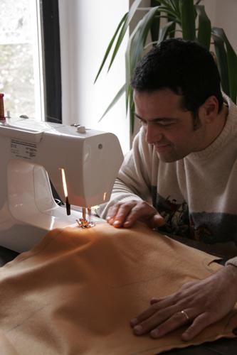 今年のカーニバルの衣装作りはバッボが担当しました_f0106597_2445797.jpg