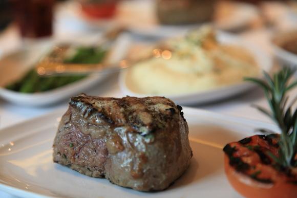 船上レストラン _e0154202_712564.jpg