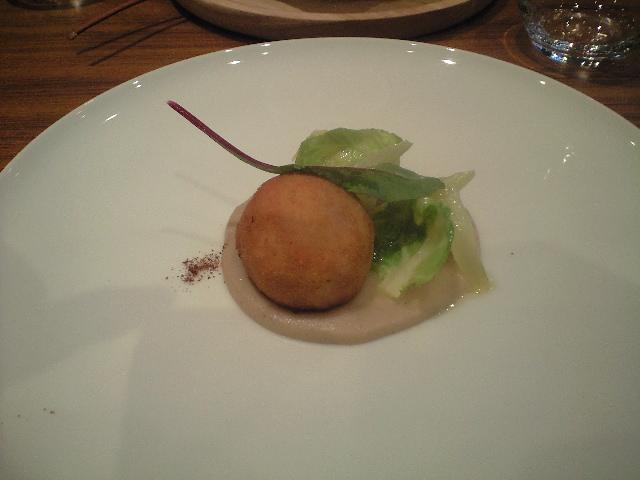 Le CHARBON と La Cime  -3時間コースのガストロノミー(美食)と 郷土料理をベースのフレンチ-_a0194908_9432816.jpg