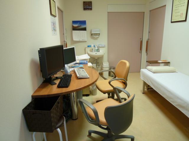 診察室の椅子が新しく入りました_e0228813_14481034.jpg