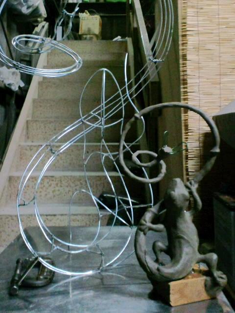『トカゲのリノ』図面から針金模型、イメージ画まで_e0209927_2422661.jpg